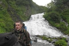 Виталик у 1 водопада Опалы