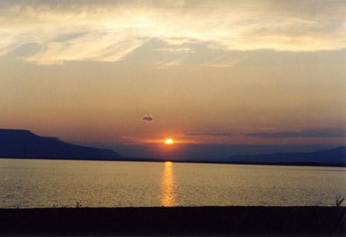 Путешествие с вершины 1701 до города Хатанга по рекам Хусана и Котуй в 2003г