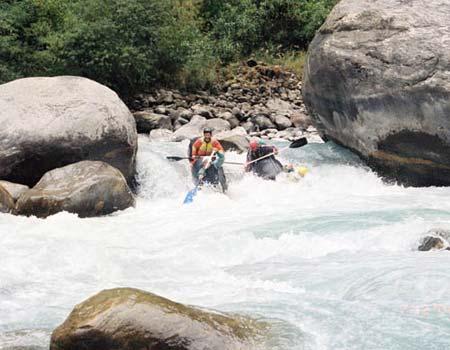 Лоция, река Марсианди (Непал)