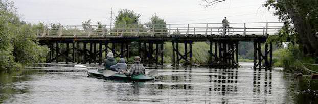 Деревянный мост у деревни Макарово.