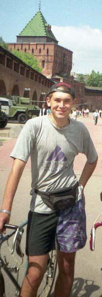 1997 г. Нижний Новгород. Алексей Груздев – руководитель последних походов альтаировцев.