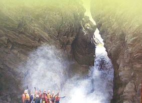 История сплава по индийской реке Ченаб одного ветерана в составе чемпионской группы.