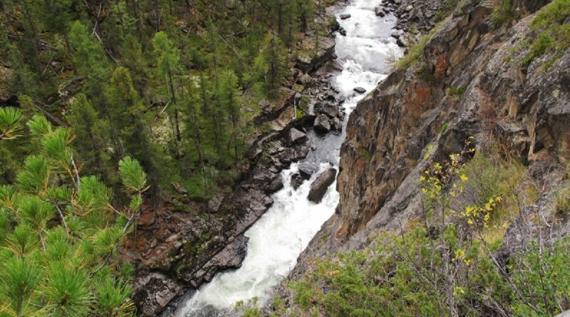 Фото 26. Третья ступень 4-го каньона, вид сверху.