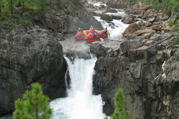 Фото 32. К-2 в препятствии 16 (водопад «Нефрит»).