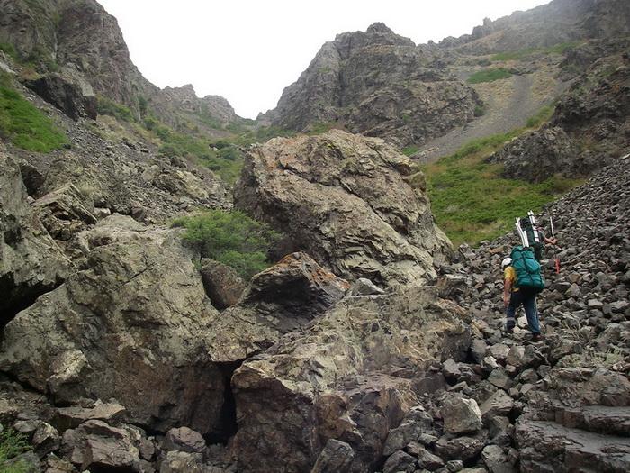 Фото 30. р.Тентек, выход наверх из 4го каньона, первый кулуар.