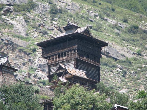 Храм в Сангле