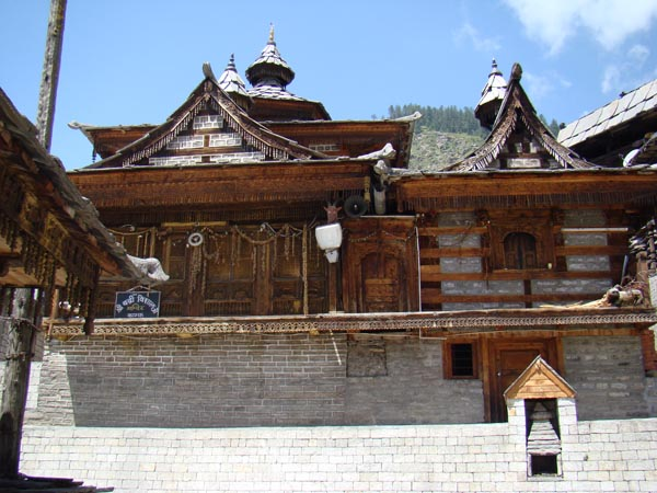 Монастырь в Сангле