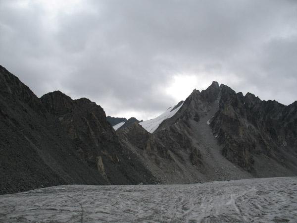 Вид на пер.Некрасова (1Б) с  лед. Талдуринского.