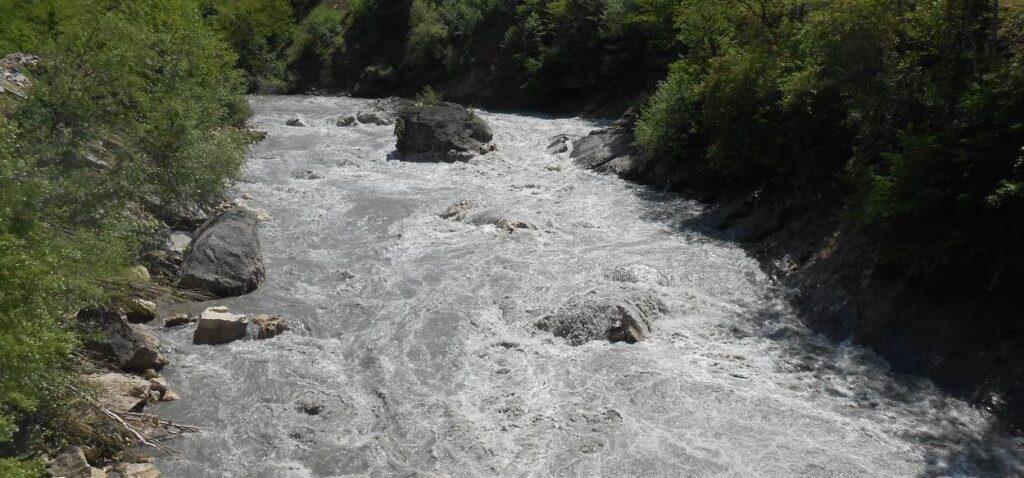 Фото 74 Вид с моста на «Окуреши» - май 2015г (для сравнения)-большая вода
