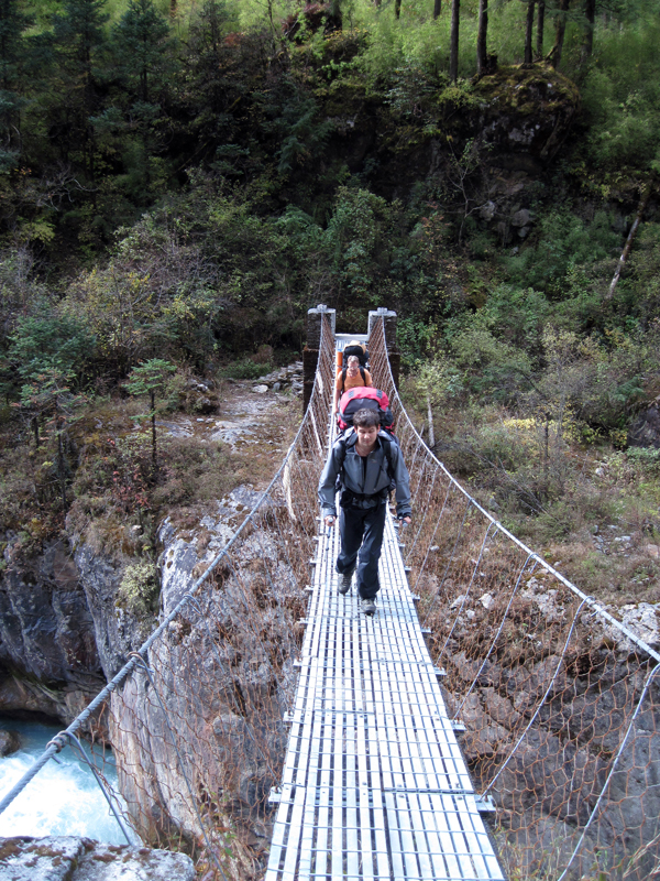 По долине Rolwaling  и Тesi Lapha туда, и пешком в сторону Jiri обратно, 2011