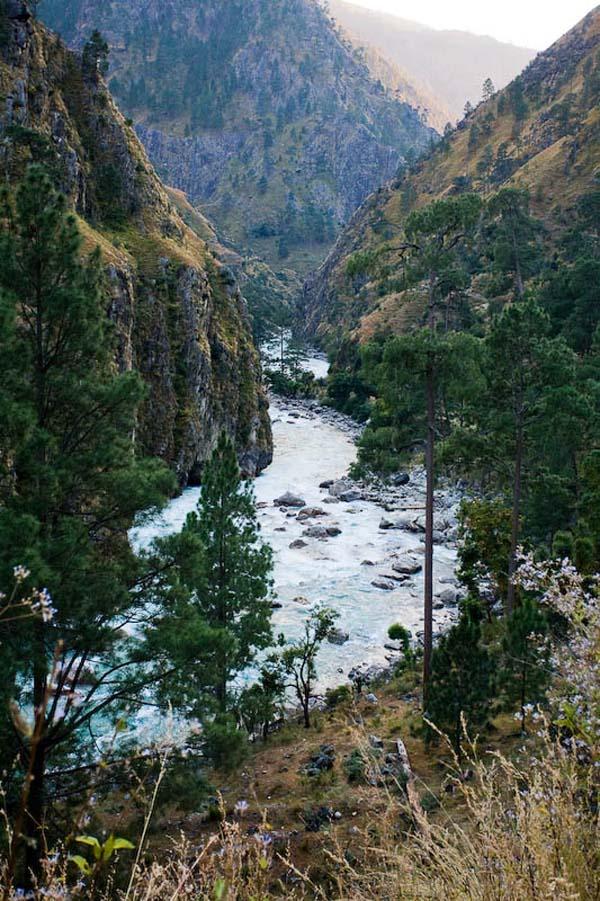 (фото 27) общий вид каньона ниже поселка Sarkegad