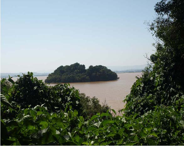 Рис.5. Вид на оз.Тана с одного из островов.
