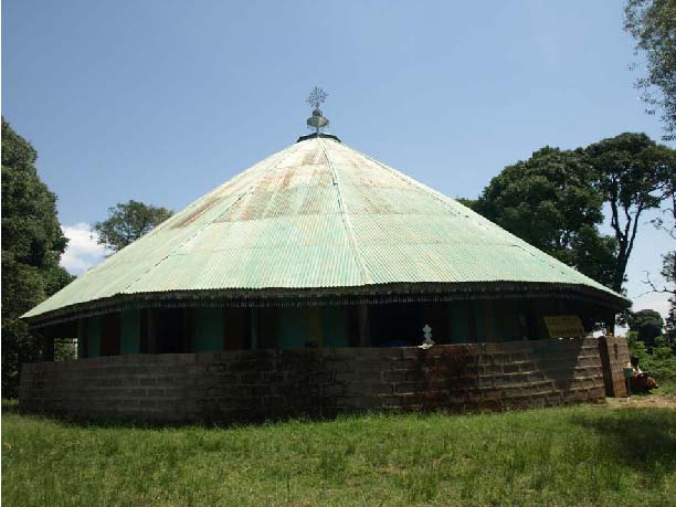 Рис.7. Церковь на одном из островов оз. Тана.