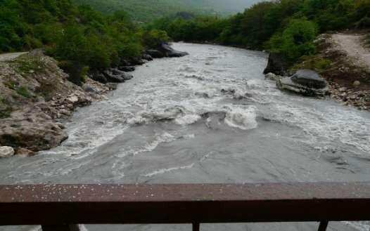Фото 40 Сделано при переезде на Цхени( уровень воды стал ниже-как показалось)