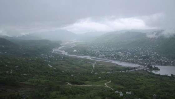 Фото 50 Вид на Цагери и плотину через реку Цхенисцкали при переезде с р.Риони.