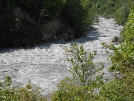 Фото 98 Основная часть порога «Окуреши» ниже моста
