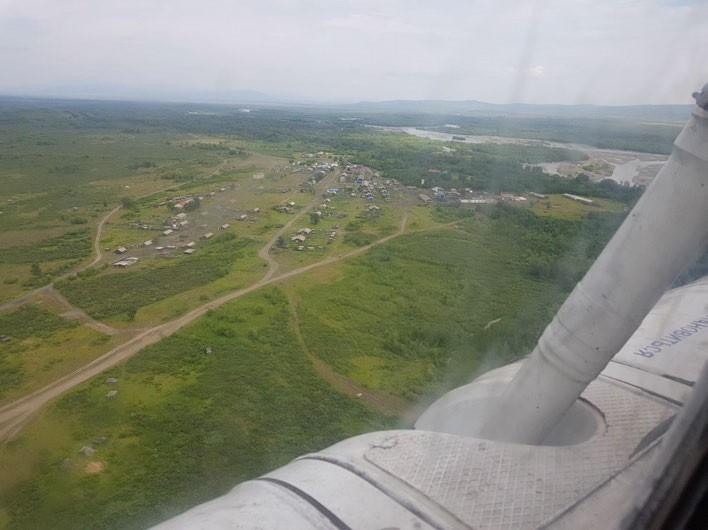 ФОТО. Поселок Ачайваям с воздуха. Фото внизу - Аэропорт в Ачайваяме.